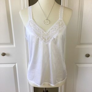 Camisole White Loose Fitting Lace Trim Size S/M
